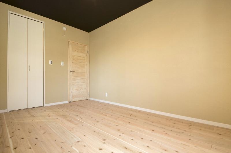 究極の寝室。眠りの質が変わったとご好評を頂いております