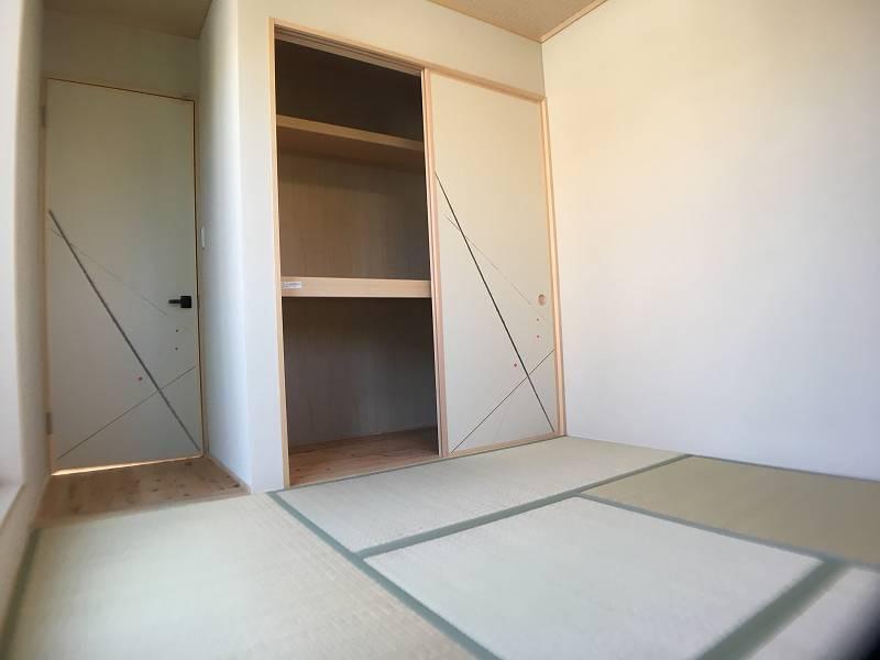 2F和室(部屋右奥から)